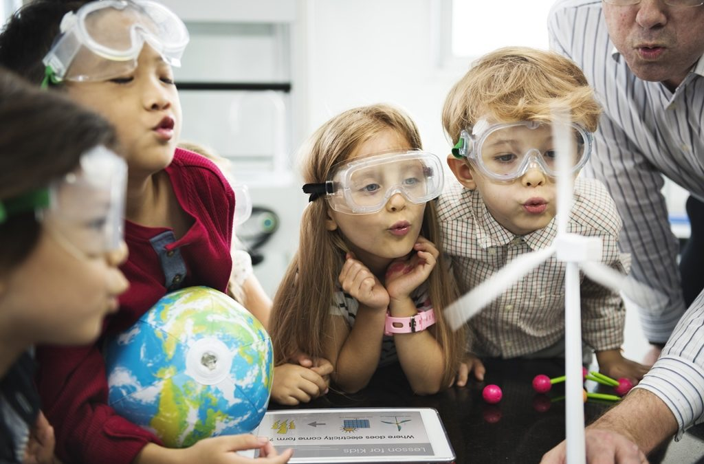 preschoolers learning about renewable energy through social storytelling